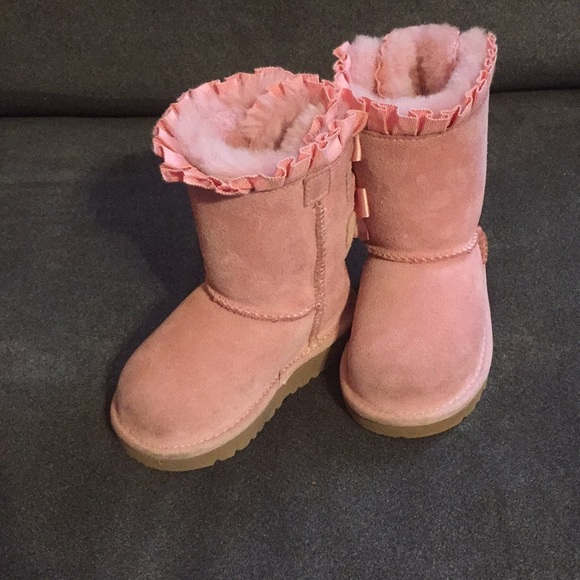 18003a47599 Kids Bailey Ruffles Bow UGG® Boots Size 7 Toddler